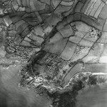 Another view of Wembury Point, its legacy of wartime military installations, the semi-circular anti-aircraft battery  further north and echoes of open strip fields. What is additional is the new 1930s settlement of Heybrook Bay immediately west of the Point. New housing here was planned to spread over the whole Point, but was prevented by the war.