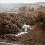 Bovisand Lodge, an early 19th century grand house, is listed Grade II. Originally part of Yealmpton's Kitley Estate, it was later sold. While the Plymouth breakwater was being built its enginneer, Sir John Rennie, lived here.